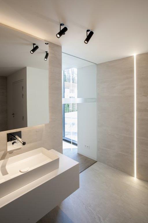 exklusives leuchten lampen design designer pendelleuchten. Black Bedroom Furniture Sets. Home Design Ideas