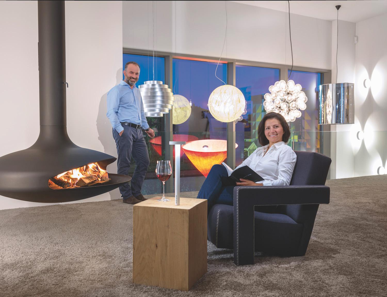 Impressum exklusive lampen und leuchten in k ln licht for Exklusive lampen hersteller